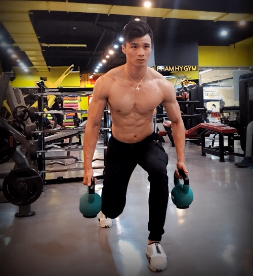 7 năm khổ luyện gym giúp chàng trai Sài Gòn cao 1,81 m
