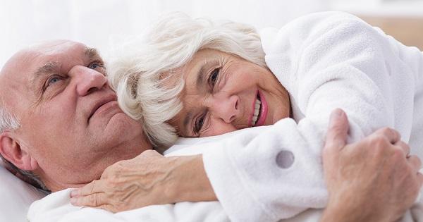 80 tuổi uống thuốc kích dục để 'yêu' vợ trẻ có nguy hiểm?