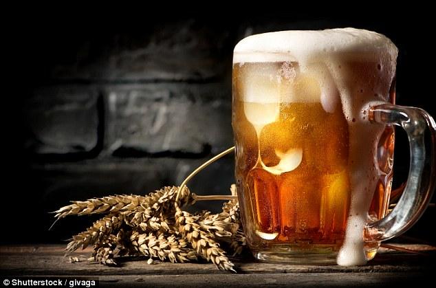 Cô gái bị sốc phản vệ sau khi uống bia