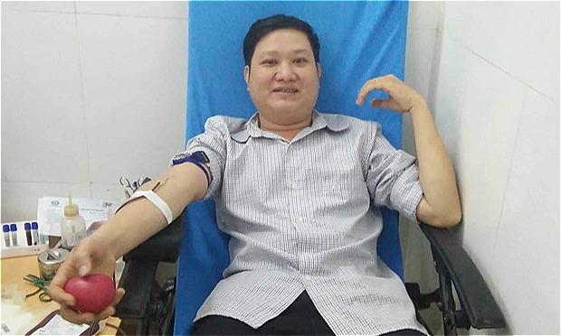 Hai người có nhóm máu hiếm vượt gần 300 km cứu người