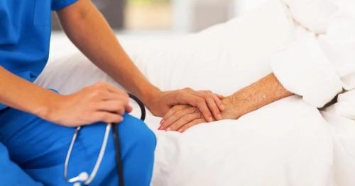 Bác sĩ phẫu thuật u bướu: 'Ung thư sẽ thành bệnh mạn tính'