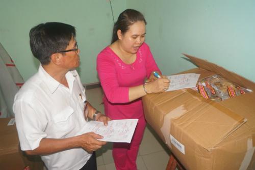 Theo kiểm tra của Chi cục Vệ sinh an toàn thực phẩm tỉnh Bình Dương, nơi chứa hàng của chị Tưởng đạt yêu cầu. Ảnh: Nguyệt Triều.
