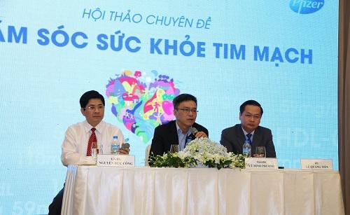 Hội thảo Chăm sóc sức khỏe tim mạch tổ chức tại Hà Nội và TP HCM thu húthơn 500 dược sĩ và chuyên gia trong ngành tham gia.