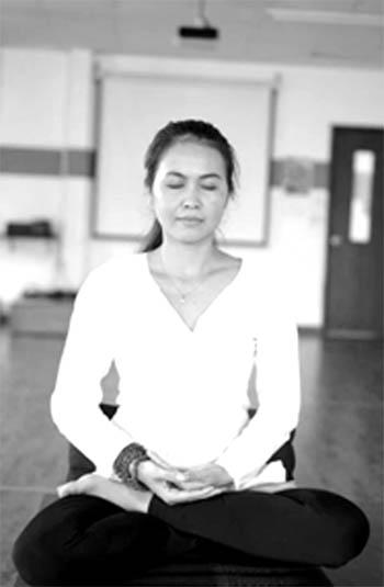 Ngồi Toàn Kiết Già (Full Lotus position)