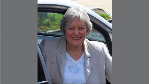 Nữ y tá về  hưu Gill Pharaoh. Ảnh: CBS News