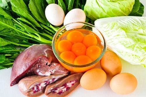 Vitamin nhómB là chất xúc tác quan trọng giúp chuyển hoá chất bột đường, chất đạm, chất béo thành năng lượng.