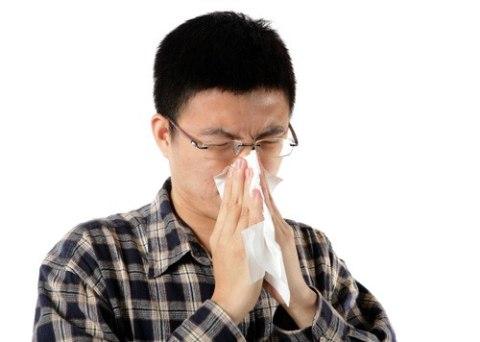 Các triệu chứng viêm xoangbiểu hiện rõ rệttrongcác đợt cấp tái phát. Ảnh: Shutterstock.