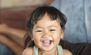 Giải mã tiếng cười khanh khách của trẻ con
