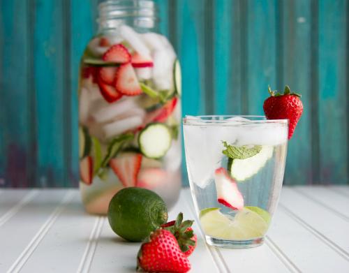 IMG 9007 7084 1441161556 Tự làm nước uống detox giúp cơ thể tươi mới nhahanghanoi.vn
