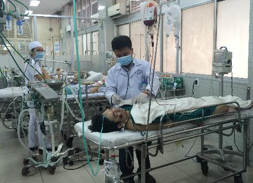 Nạn nhân Phạm Ngọc Sáng sinh năm 1986 bị chấn thương nặng nhất. Ảnh: Lê Phương.