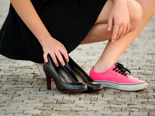 stop-wearing-heels-0-7081-1441964096.jpg