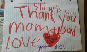 Bé trai gửi lời cảm ơn bố mẹ trước khi qua đời vì nhiễm trùng amip