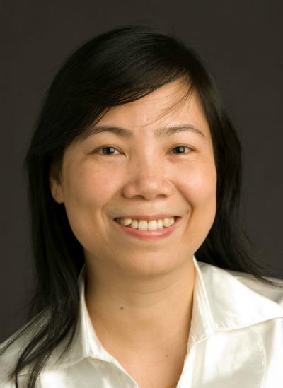 Phó giáo sư, tiến sĩ, bác sĩ Phạm Thị Lan - Giảng viên bộ môn da liễu trường Đại học Y Hà Nội
