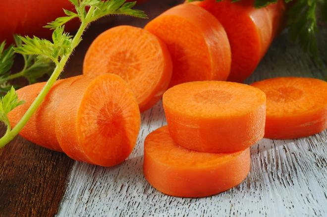 Cà rốt không chỉ tốt cho mắt mà còn có tác dụng dưỡng da trắng mịn