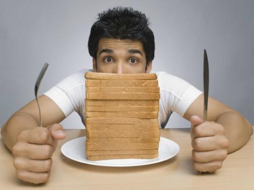Ăn bánh mì thường xuyên có thể nguy hiểm