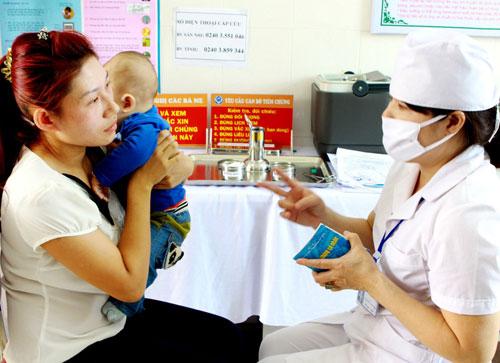 Dấu hiệu nhận biết trẻ mắc viêm não cấp
