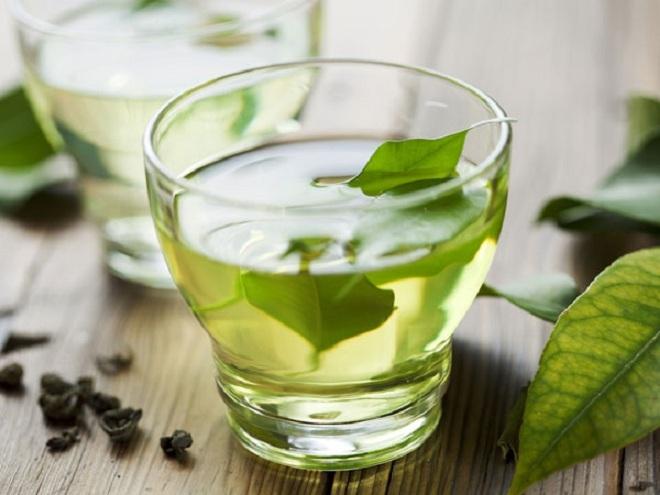 Tại sao nên dùng trà xanh thay cho cà phê