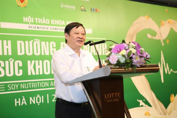 , Giáo sư, Tiến sĩ Nguyễn Viết Tiến - Thứ trưởng Bộ Y tế tại hội thảo.