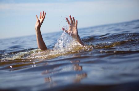 Cách nhận biết người đuối nước để sơ cứu kịp thời