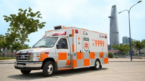 Xe cứu thương được trang bị như một phòng cấp cứu di động. Ảnh: T.N