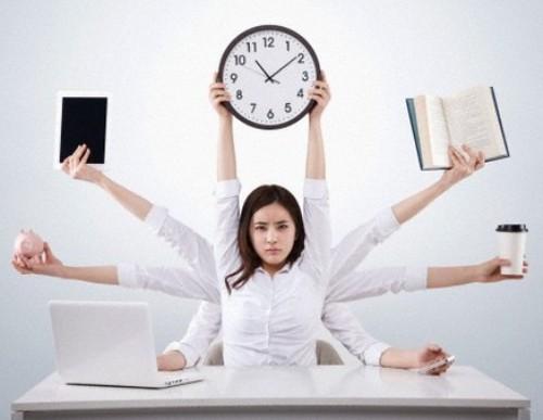 Phụ nữ làm việc quá 40 giờ mỗi tuần sẽ khó đậu thai