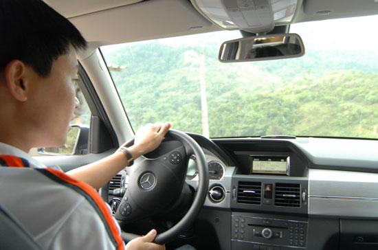 nhieu-tai-xe-taxi-gap-van-de-ve-tam-than-do-cang-thang-trong-cong-viec