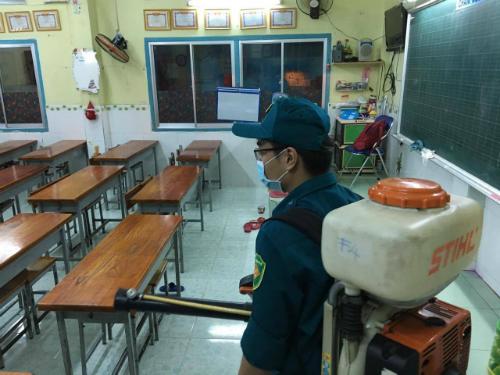 Tiểu thương TP HCM cản trở phun thuốc diệt muỗi phòng bệnh Zika