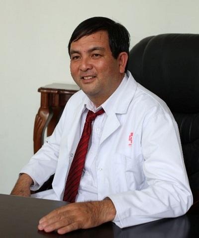 Phó giáo sư, Tiến sĩ, bác sĩNguyễn Hoài Nam - Phó chủ tịch thường trực,Tổng Thư ký Hội Phẫu thuật Lồng ngực và Tim mạch TPHCM.