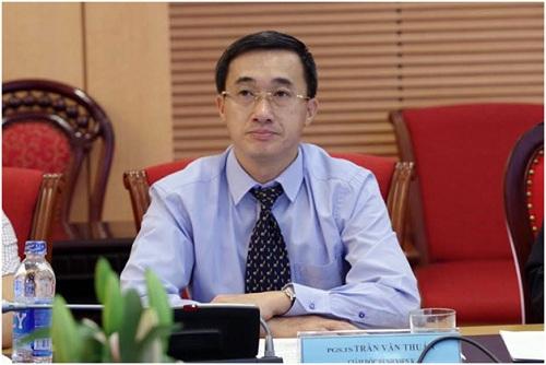 Phó giáo sư, Tiến sĩ, bác sĩ Trần Văn Thuấn - Giám đốc Bệnh viện K tại buổi tọa đàm.