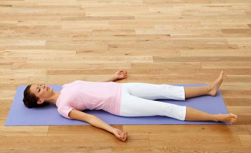 10-dong-tac-yoga-nen-lam-moi-ngay-9