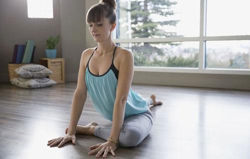 10-dong-tac-yoga-nen-lam-moi-ngay-7