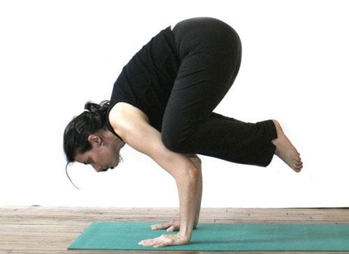 10-dong-tac-yoga-nen-lam-moi-ngay-8