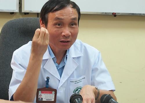 Giáo sư Mai Trọng Khoa, Giám đốc Trung tâm Y học Hạt nhân và Ung bướu, Bệnh viện Bạch Mai.