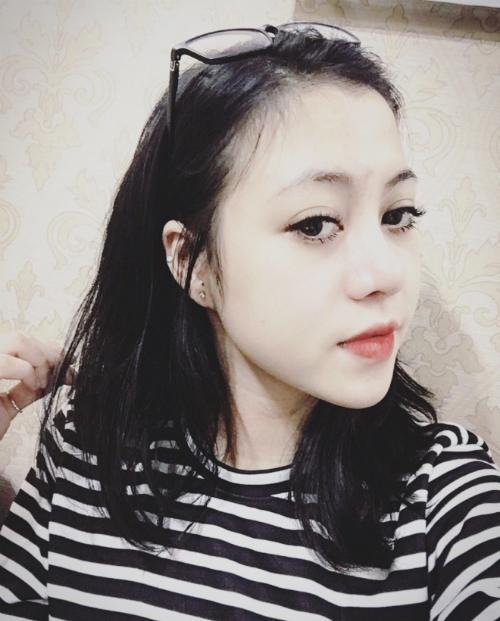 nhan-vien-van-phong-dep-cuon-hut-nho-thay-doi-long-may
