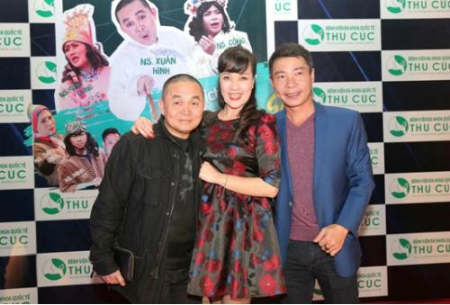 Ngoài ra, chương trình còn biểu diễn chuỗi hài kịch xuyên Việt Không ai phải sợ do các nghệ sĩ nổi tiếng Xuân Hinh, Vân Dung, Công Lý và các diễn viên trẻ của Nhà hát kịch Hà Nội thủ vai.