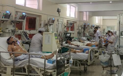 Bảo hiểm y tế đột ngột dừng chi trả nhiều thuốc, bệnh nhân gặp nguy