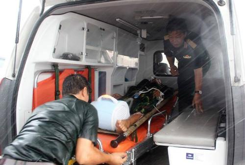 Phó giáo sư Nguyễn Hồng Sơn, Giám đốc Bệnh viện Quân y 175 trực tiếp có mặt đón bệnh nhân. Ảnh: H.P