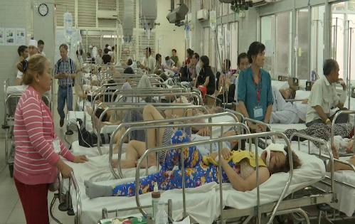 Bệnh nhân cấp cứu tại Bệnh viện Chợ Rẫy. Ảnh: T.P