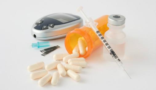Thuốc Tây giúp giảm đường huyết nhanh chóng.