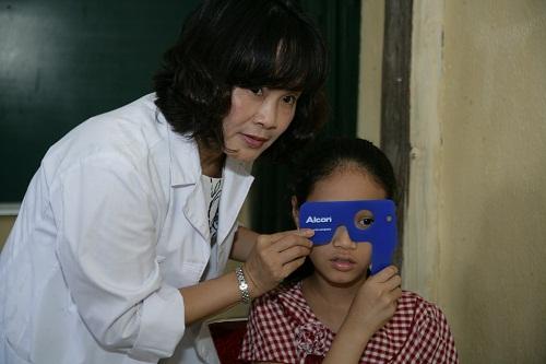 Làm sao để trẻ không bị cận thị