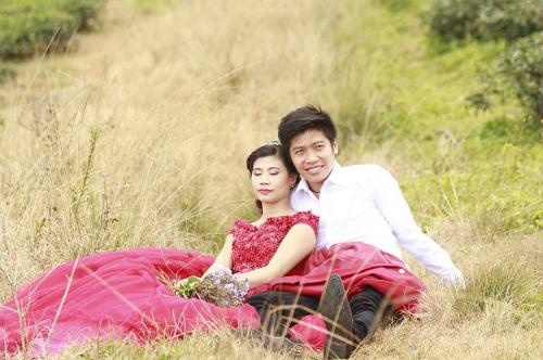 Ảnh cưới hạnh phúc của đôi vợ chồng trẻ vào năm 2014. Ảnh: Facebook nhân vật.