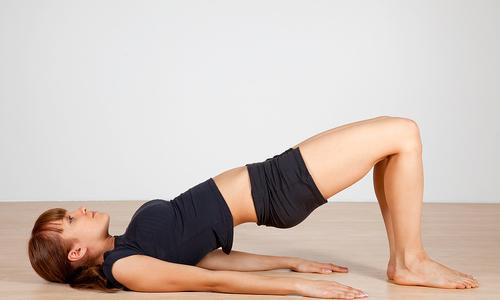 cac-dong-tac-yoga-cai-thien-tu-the