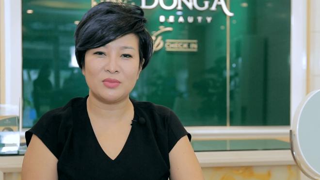 Phần mắt và mũi chị Trang sau 10 năm thực hiện công nghệ cũ.