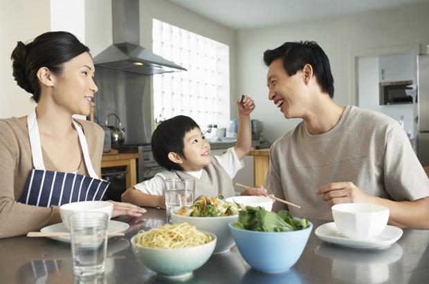 Người dân nên tiêu thụ thụ trans fat dưới 1% lượng calo cần thiết mỗi bữa ăn.