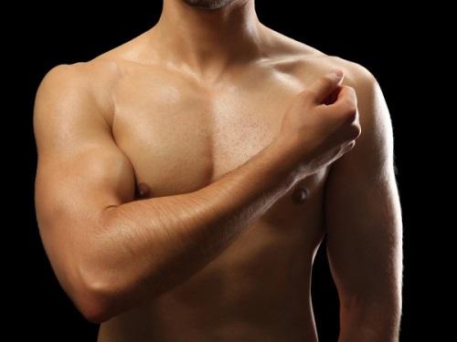 Dấu hiệu nhận biết ung thư vú đàn ông cần chú ý