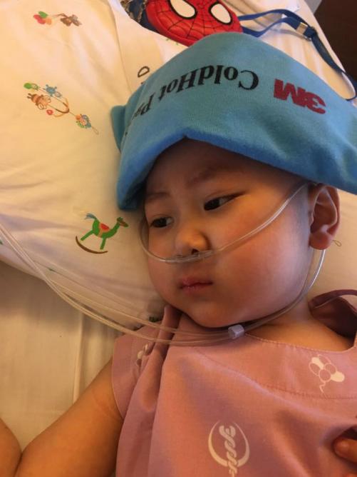 Bé Quang Minh mắc ung thư máu hiếm gặp. Ảnh: H.N