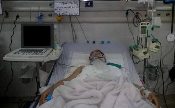 Bệnh nhân Tuấn đang được điều trị tại Bệnh viện Saint Paul. Ảnh: T.P