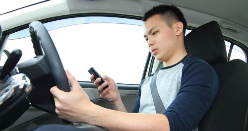 Dịp cuối năm, các tài xế thường phải làm việc với cường độ cao.Ảnh: Quote