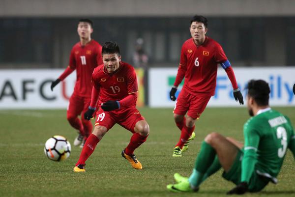 Cầu thủ U23 Việt Nam trong pha bóng ở trận đấu với Iraq hôm 20/1. Ảnh: Đ.Đ.