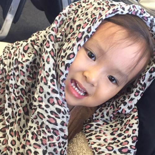Bé Annabelle Nguyễn được chẩn đoán u thân não khi mới hai tuổi rưỡi. Ảnh: Facebook.